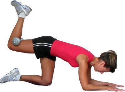 huśtaj pośladki na siłowni