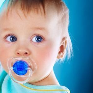 jak odzwyczaić dziecko od smoczka
