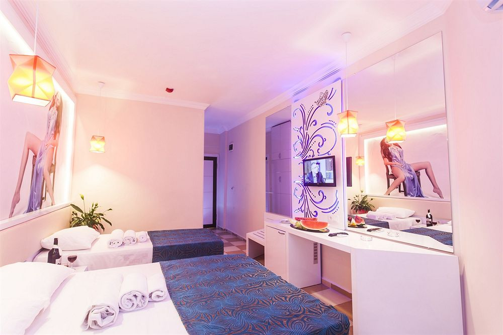 Camere dell'Hotel Infinity Beach