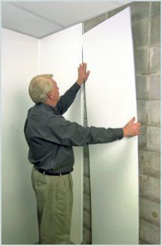 instalace plastových panelů v koupelně