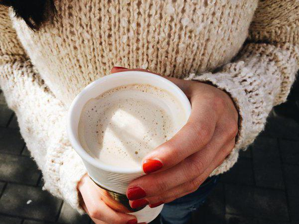 кафе с ползи и вреда от соево мляко