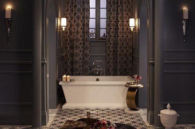 интериор на бани, комбинирани с тоалетна в апартамента