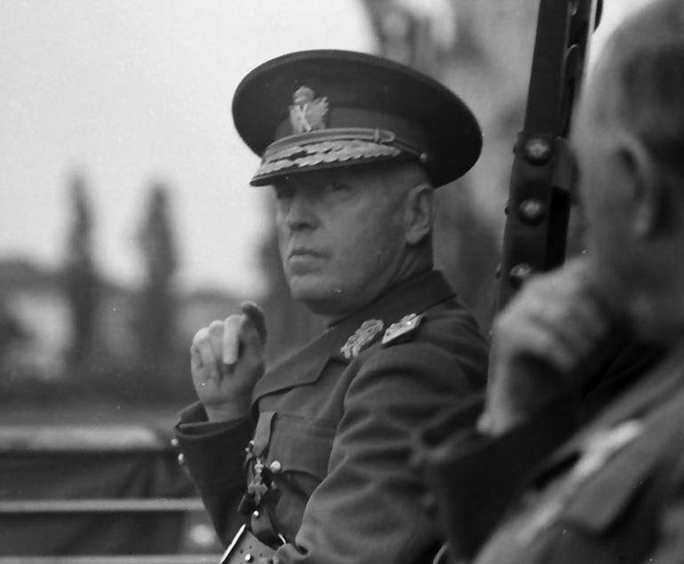 Йон Антонеску - диригент на Румъния: биография, съюз с нацистка ...