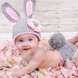 kvačkani klobuki za novorojenčke
