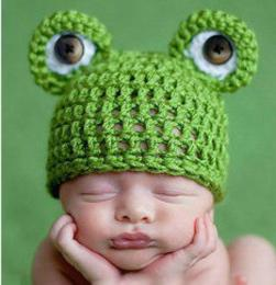 pleteni klobuki za novorojenčke