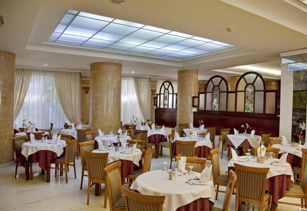 JoAn Palace 4 * restoran