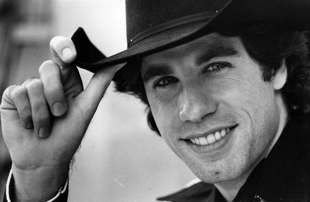 Cowboy urbano moderno, John Travolta