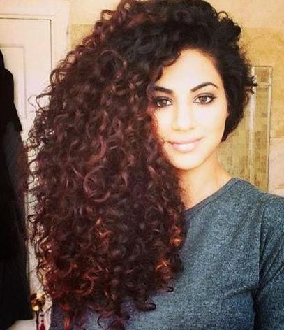 tipi di capelli lunghi perm