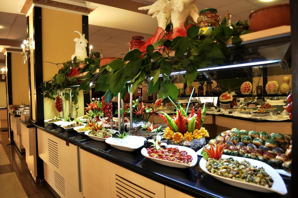 Klas Hotel 4 * cibo