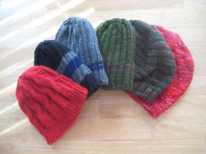 come lavorare a maglia berretto con ferri da maglia