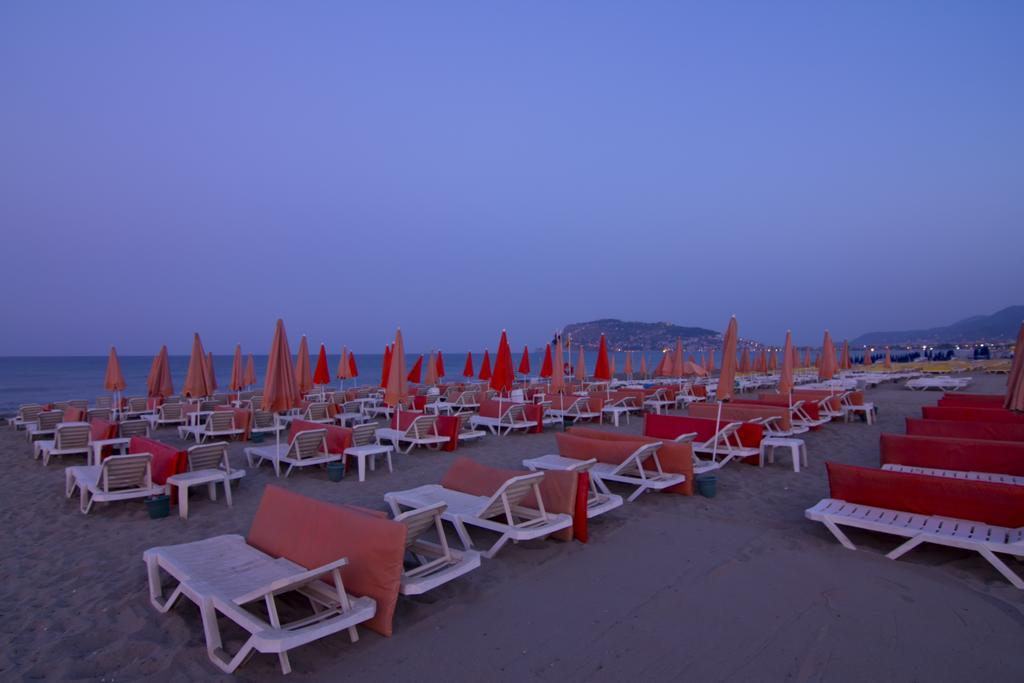 Krizantem Hotel 4 * spiaggia