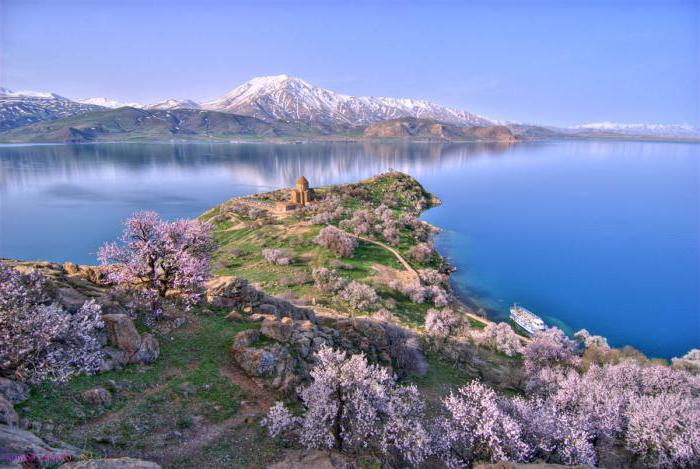 jezioro van kraju