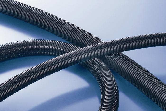 метална вдлъбнатина за кабел