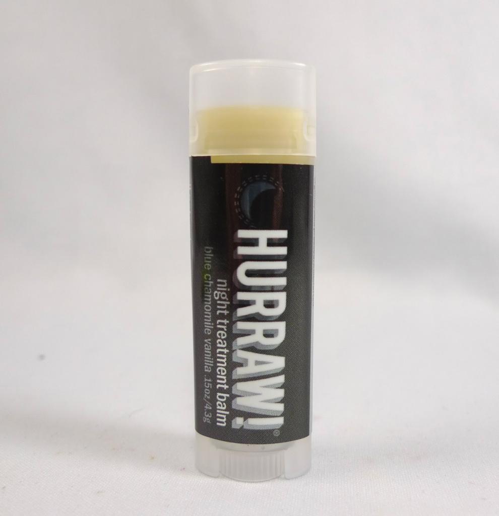 balzam za ustnice hurraw night treatment