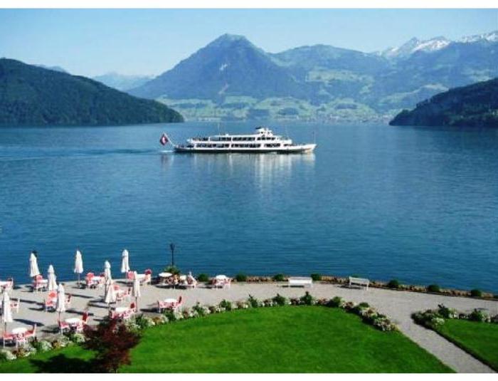 jezero lucerne švýcarsko