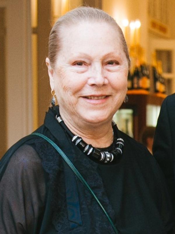 Съпругата на Янковски Зорина