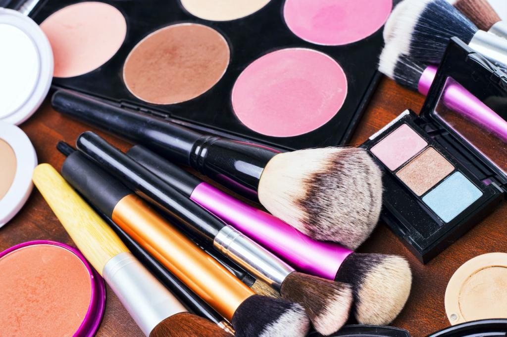 Pędzle i kosmetyki