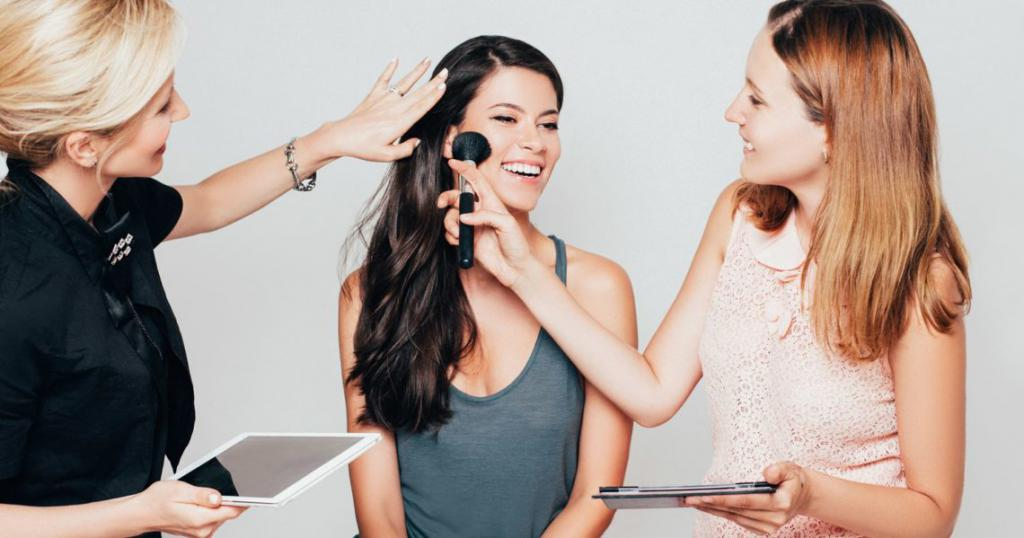 Indywidualny trening dla artysty makijażu