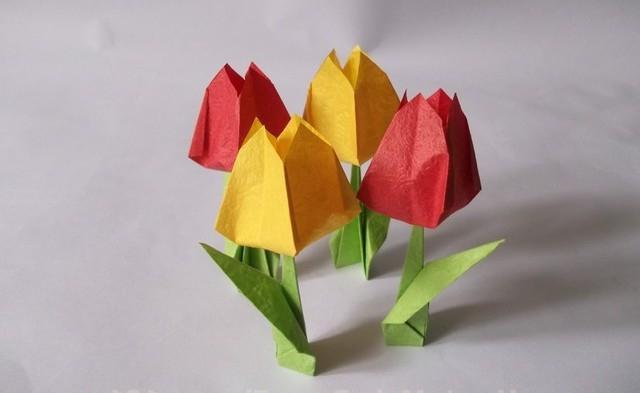 papirni origami cvetovi