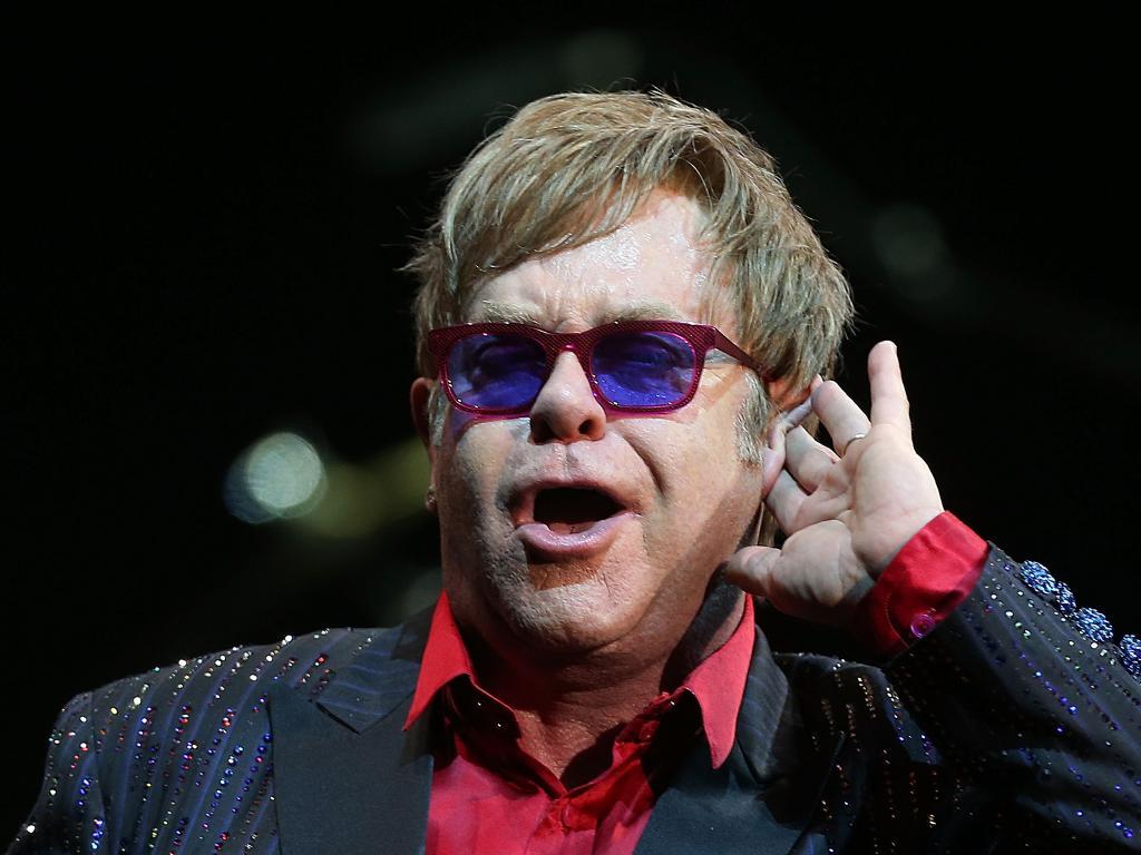 Elton John nato il 25 marzo