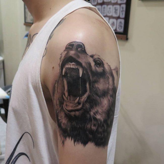 зли медвед тетоважа