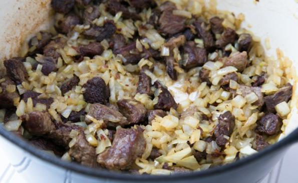 lonci od riže s mesom