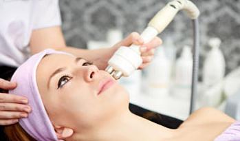 recensioni di pulizia del viso laser