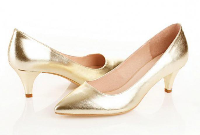 Scarpe da donna con tacco medio