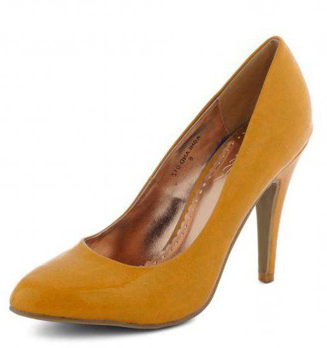 scarpe di cuoio