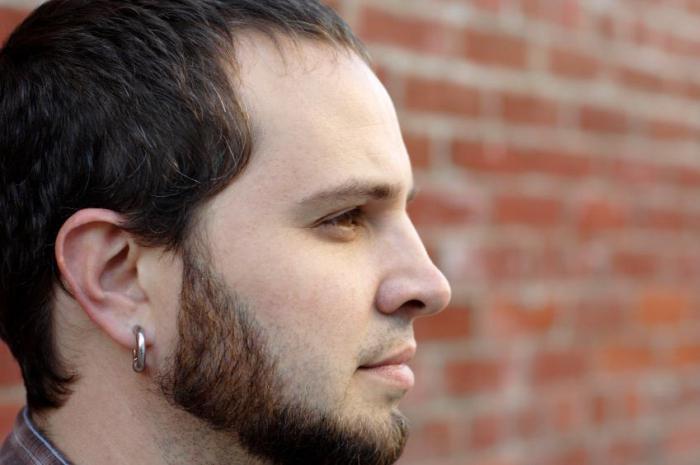foto di orecchini da uomo