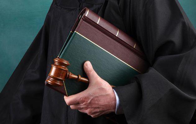 regolamentazione legale