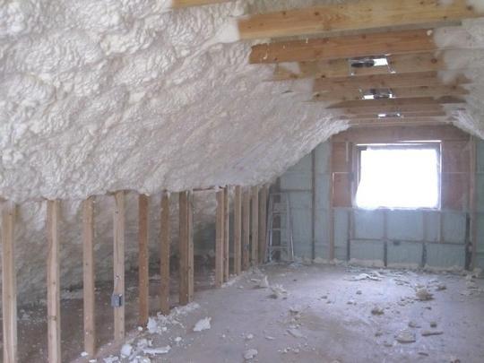 изолационна пяна с таван
