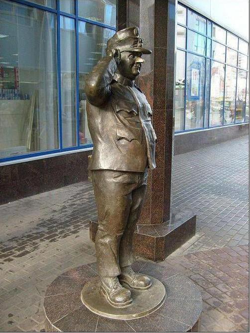 monumento all'eroe letterario di Sawyer