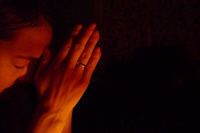 la preghiera della madre per i bambini
