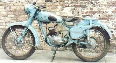 мотоциклет изгрев килим