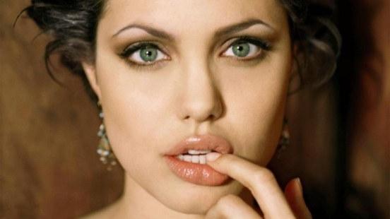 естествен грим за зелени очи