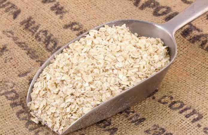 benefici e danni della farina d'avena