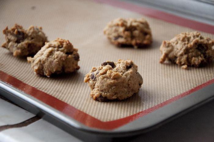 biscotti di farina d'avena sulla ricetta di kefir