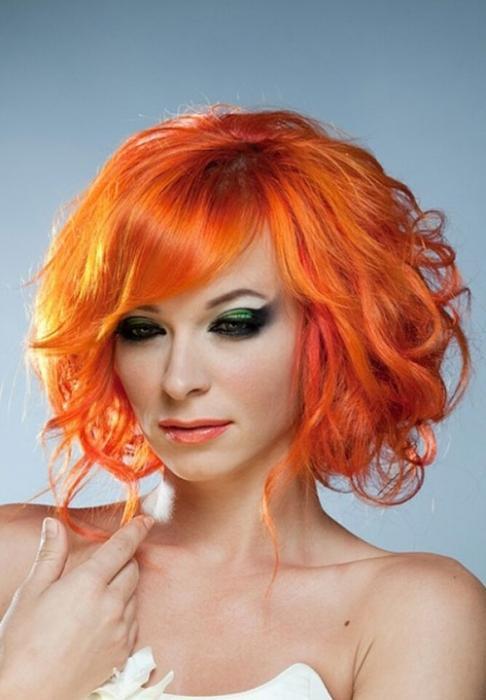 colore arancione