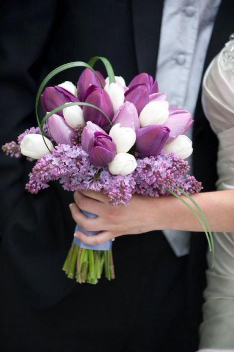 vjenčani buket tulipana