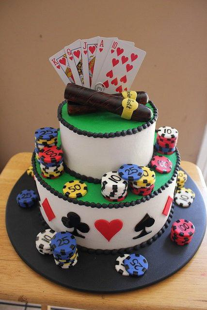 torta di compleanno dell'uomo