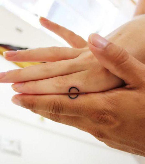 Powiązane Tatuaże Dla Dwojga Prawdziwy Dowód Wiecznej Miłości