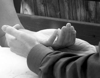 Linia małżeństwa w dłoni