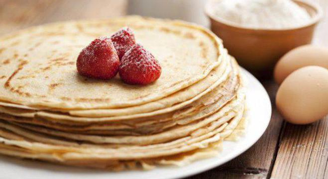 pancake per il latte con la ricetta dell'acqua bollente