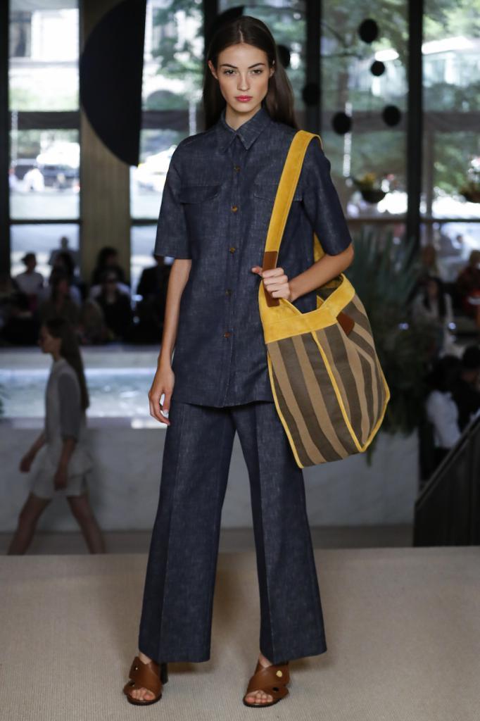 Completo di pantaloni in denim di Derek Lam