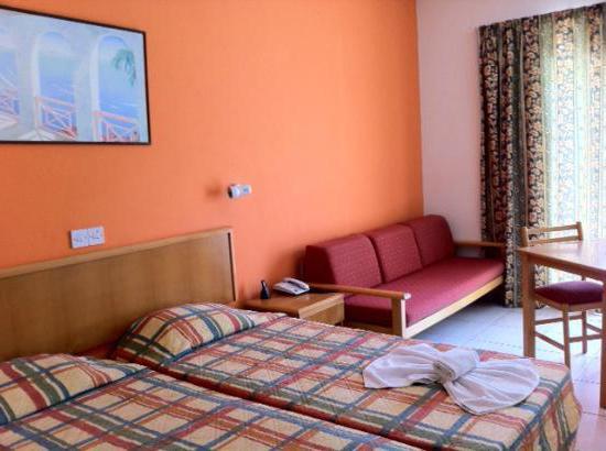 prvovrstni hotel 4 cipra