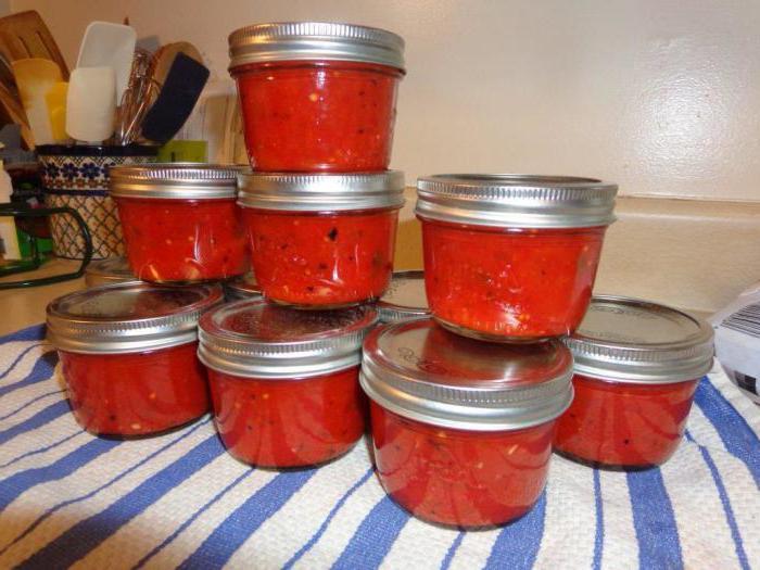 Български пипер в доматен сос
