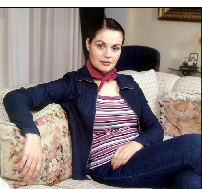 биография на водещата Катрин Андреева