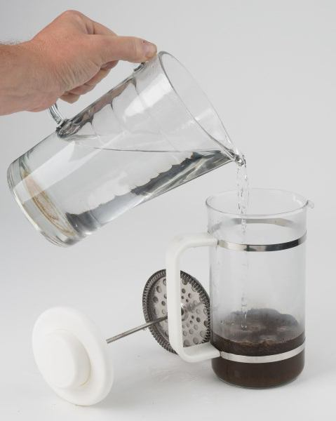 teiere di vetro con pistone