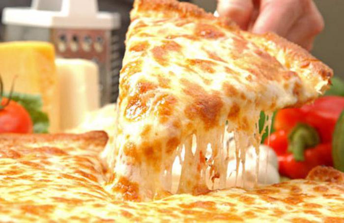 przepis na pizzę w czterech serach w domu